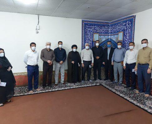 با پیگیری امام جمعه شهرک طالقانی صورت گرفت / اهدای تجهیزات ورزشی به مدارس شهرک طالقانی